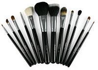 Sedona_Lace_Black_Brushes