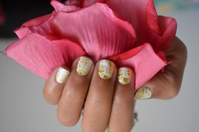 Jamberry Nails - Matte Gold Lace