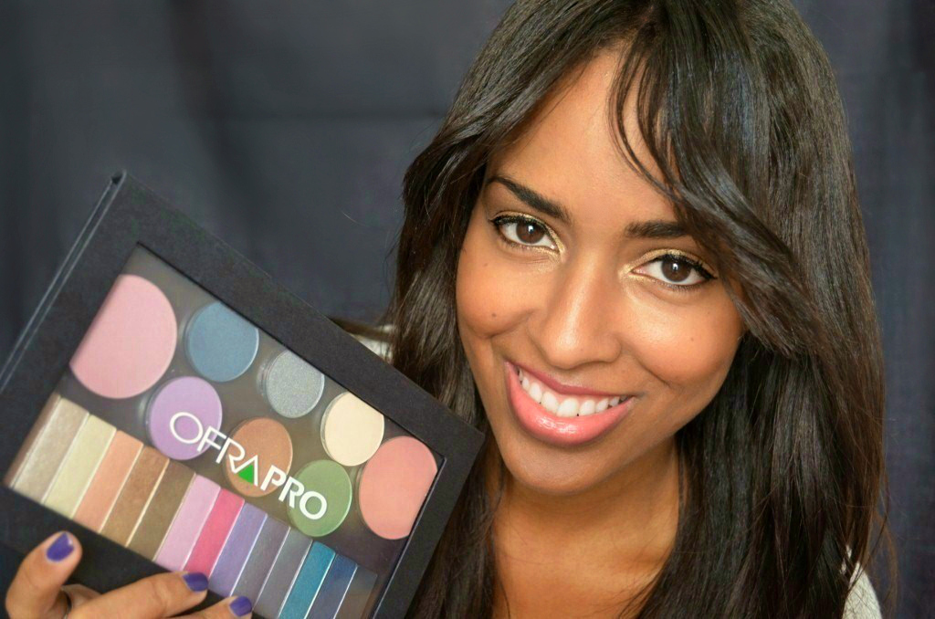 Mina Slater With Ofra Cosmetics Magnetic Pro Eyeshadow Palette