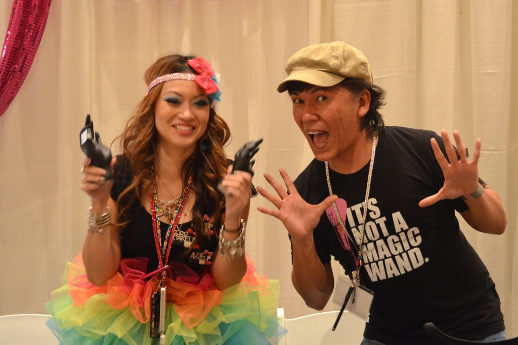 Elessa Jade (Pursebuzz) And Koren Zander (EnKore Makeup) At The Makeup Show Orlando