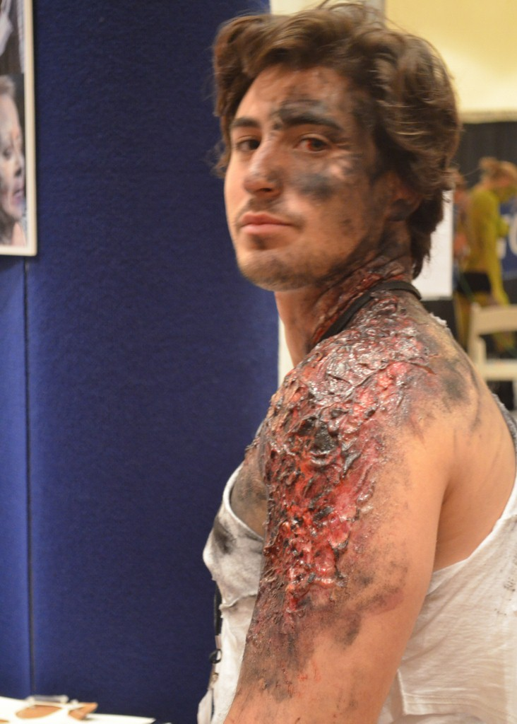 FX Makeup by Toby Sells (Walking Dead) At The Makeup Show Orlando
