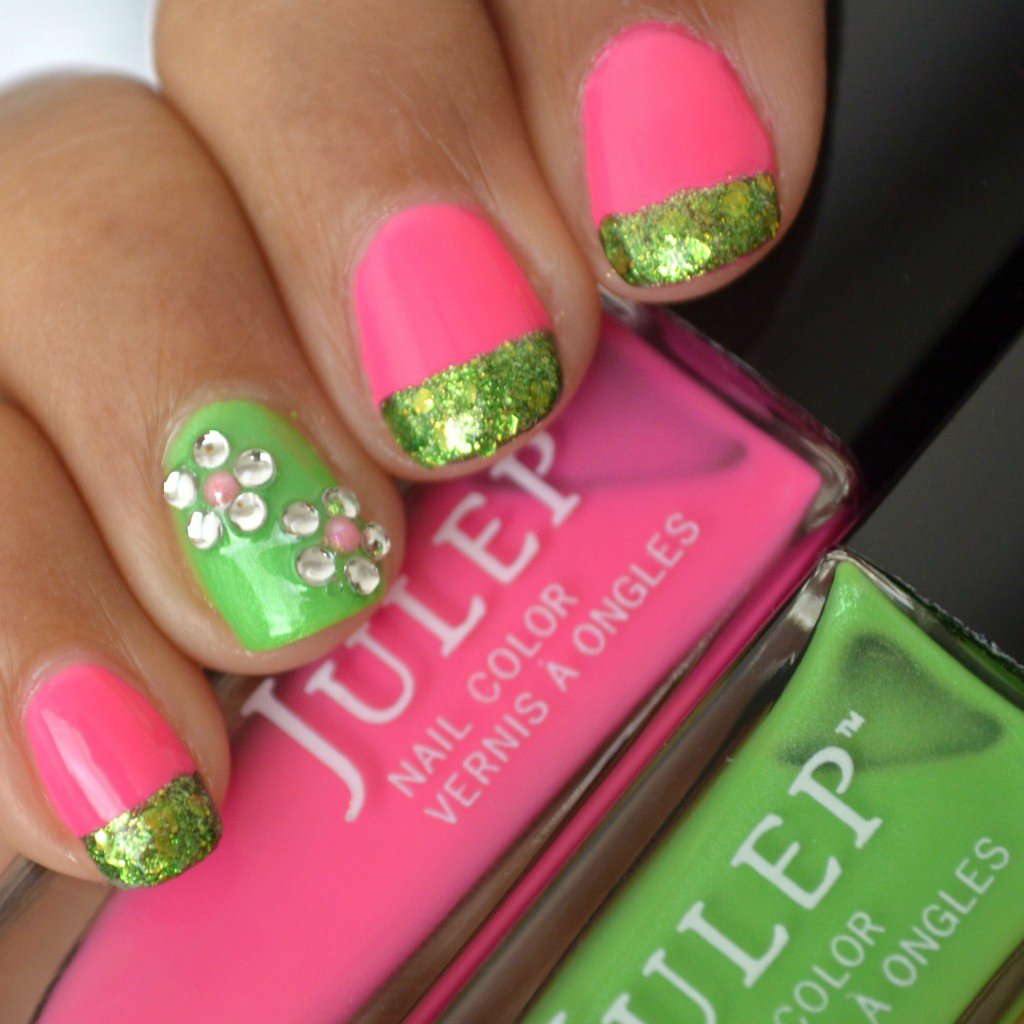 Mani Monday | Flower Nail Art Tutorial With Pink, Green & Glitter ...