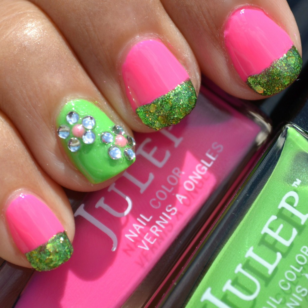 Flowers In The Field Nail Art - bright pink, green, glitter with flowers