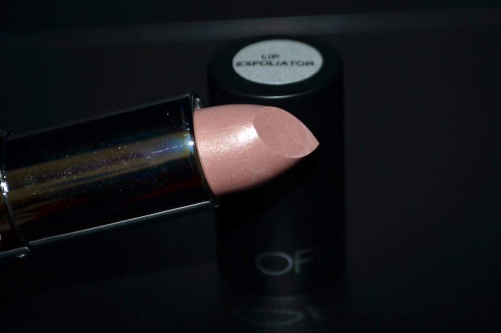 OFRA Cosmetics Lip Exfoliator - For chapped lips