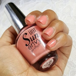 Pretty paint! untglobal Sun Envy Gel Effect shade Ms Charminghellip