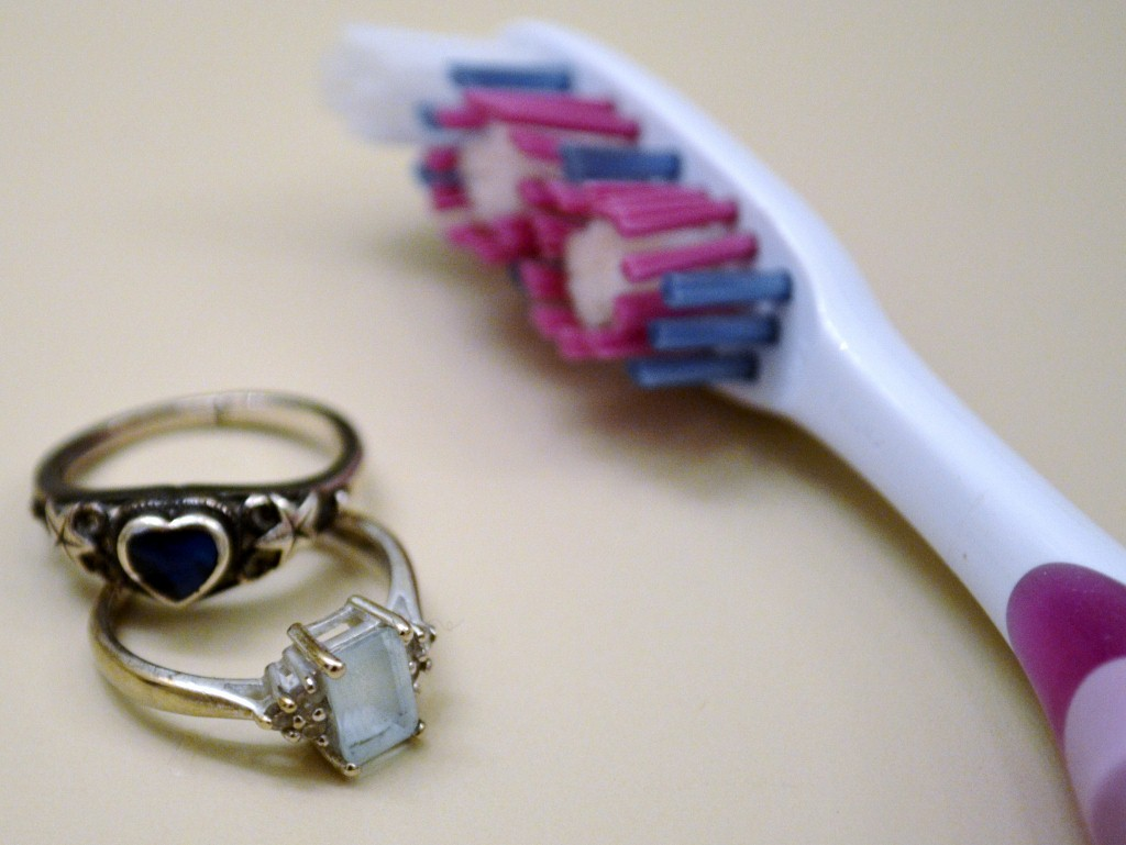 Clean Your Jewelry With A Toothbrush