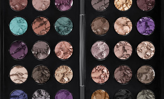 MAC Cosmetics 30 Shades Eyeshadow Palette Giveaway