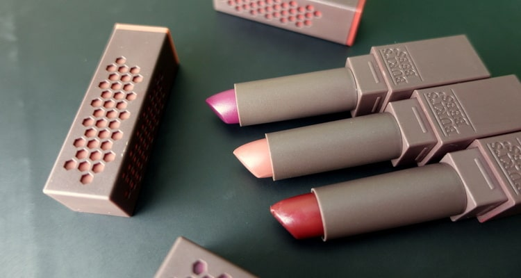 Makeup Obsession: New Burt's Bees Lipstick