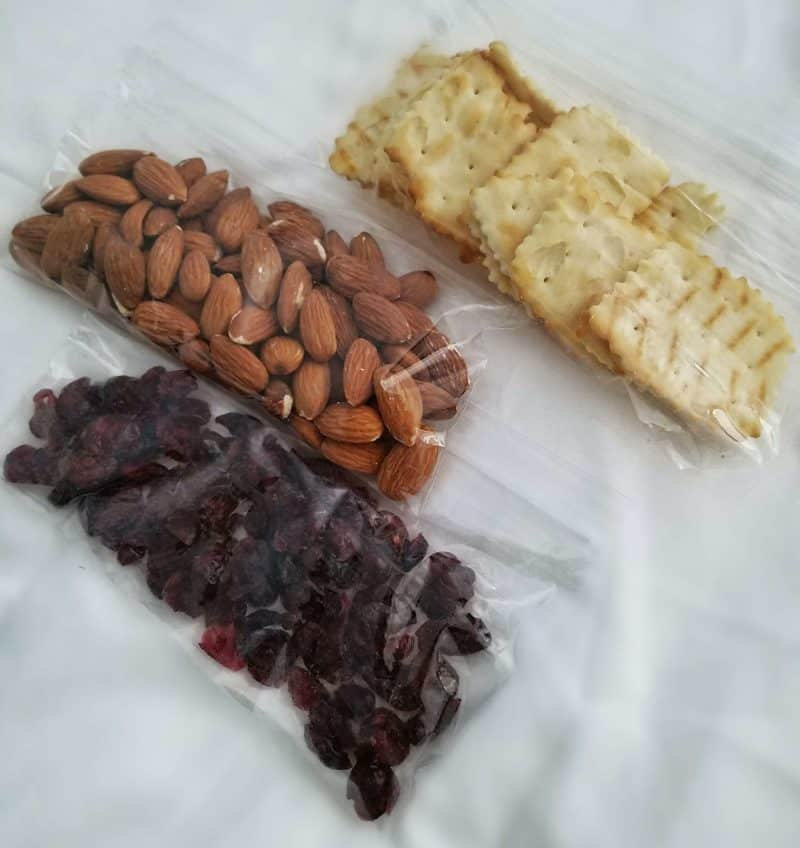 snacks for backpack